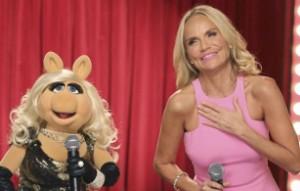 Piggy and Kristin Chenoweth do a duet.