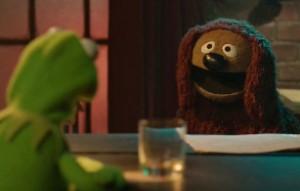 Rowlf advises Kermit.