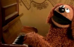 """Rowlf sings """"Cottleston Pie""""."""